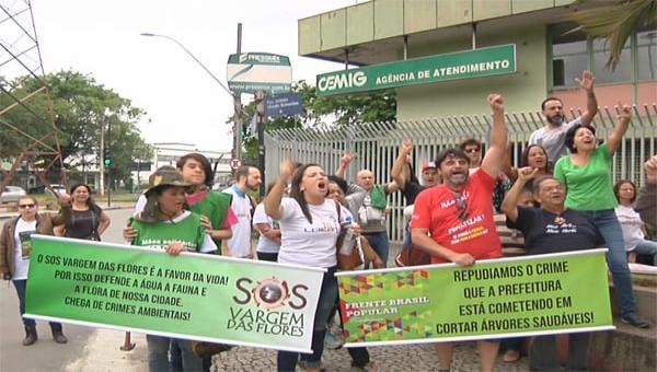 Contagenses protestam contra os cortes de árvores