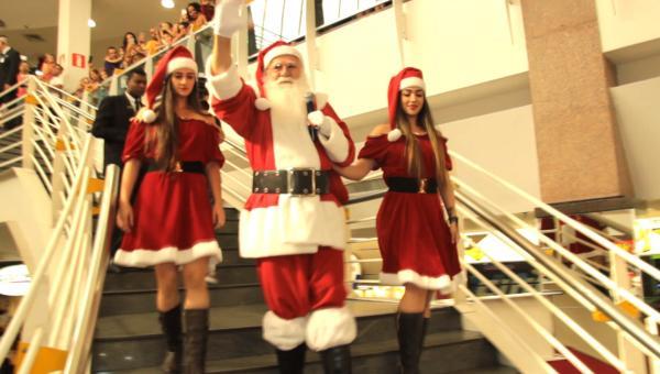 O espírito de Natal chegou ao ItaúPower Shopping