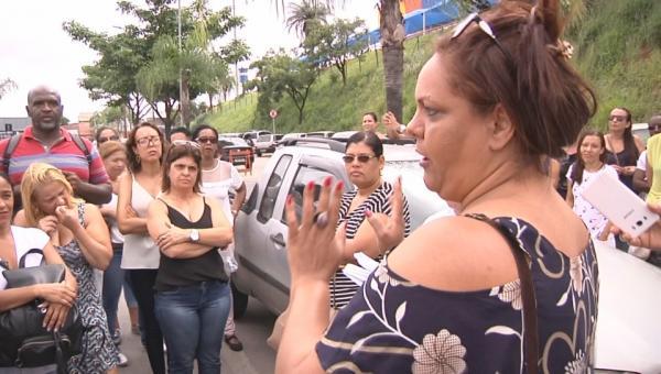 Servidores da saúde alertam a população