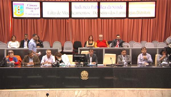 Cidadãos reclamam na Audiência Pública de Saúde em Contagem