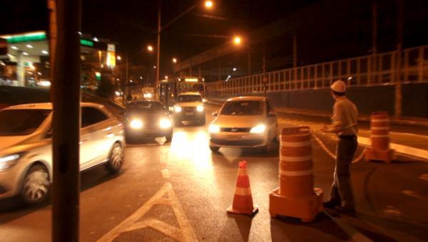 Defeitos em sinalizações de trânsito colocam em risco a vida dos cidadãos