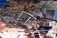 Obra pública provoca deslizamento no bairro Vila Beneves
