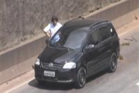 Motoristas passam dificuldades na trincheira de Contagem