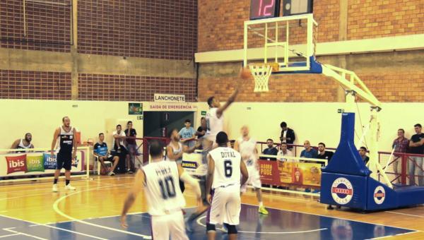 Contagem Towers, time de basquete da cidade, participa do NBB