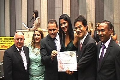 Diploma de Mérito da Mulher Contagense 2013