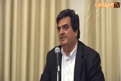 Professor Mário Quintão fala sobre reforma política, tributária e financeira