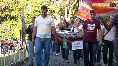 TRABALHADORES DA SAÚDE DE CONTAGEM CRUZAM OS BRAÇOS POR 48 HORAS